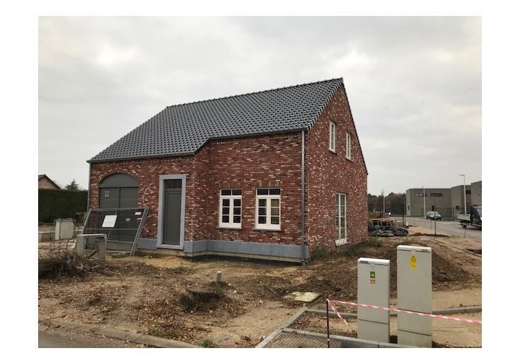 Telen Vastgoedmakelaar - Niel-bij-As, Pastorijwoning ...